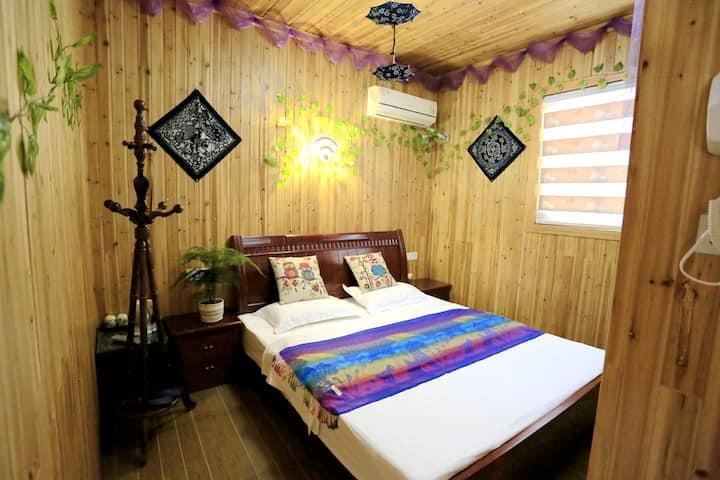 温馨小木屋大床房