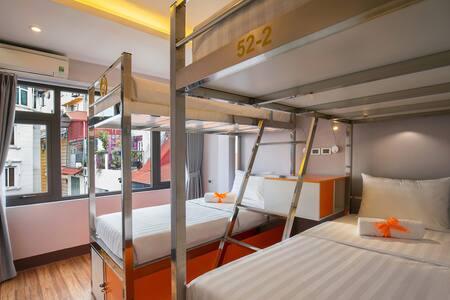 4 Beds sharing Female in Center Old Quarter - Ханой - Хостел