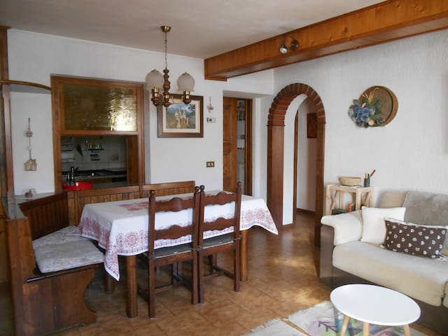 Romantic flat with a view on the mountains - Valfurva - Appartement