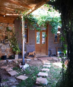 The peaceful grove house - clil,west galilee, Israel - Dom