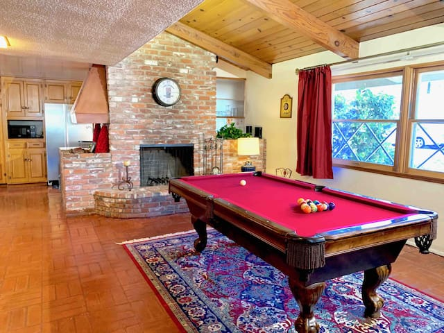 Another view of the pool table