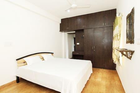 Anamala Suburbia - Premium Rooms Non AC