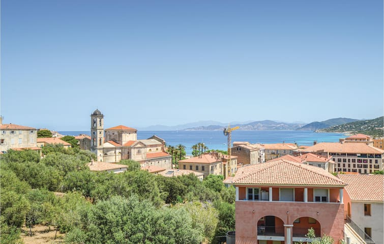 Holiday apartment with 1 bedroom on 33m² in Ile Rousse