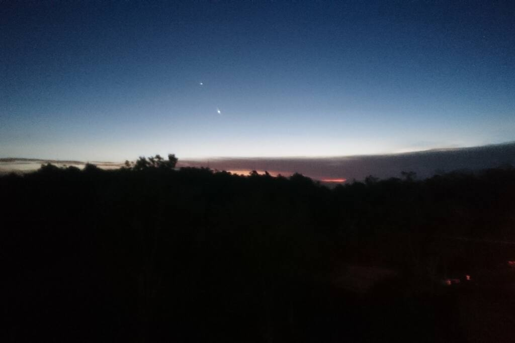 Anochecer en el Hospedaje Arvi