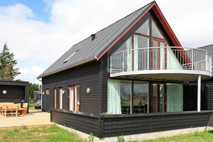 Plush Holiday Home in Rømø near Sea
