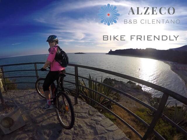 Bike friendly (in foto Marina di Camerota)