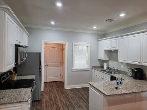 Townhome with private garage!