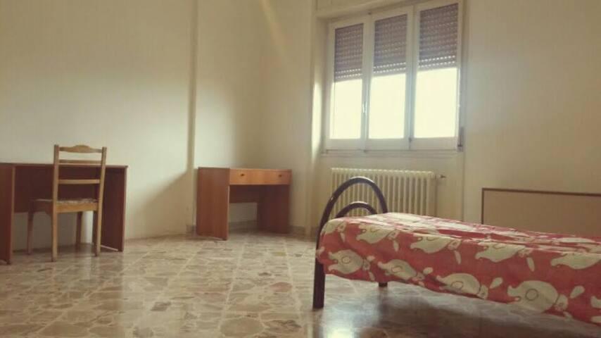 stanza privata a due passi dal centro e dal mare - Lecce - Apartemen