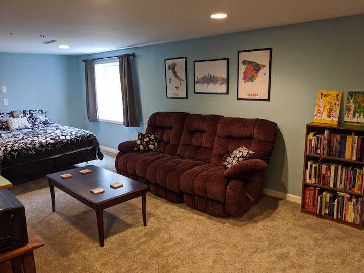 Private Basement Suite in Le Mars
