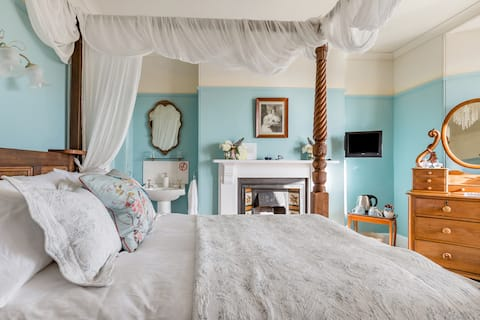 Relax & Unwind Gazing out to Sea from This Victorian Home
