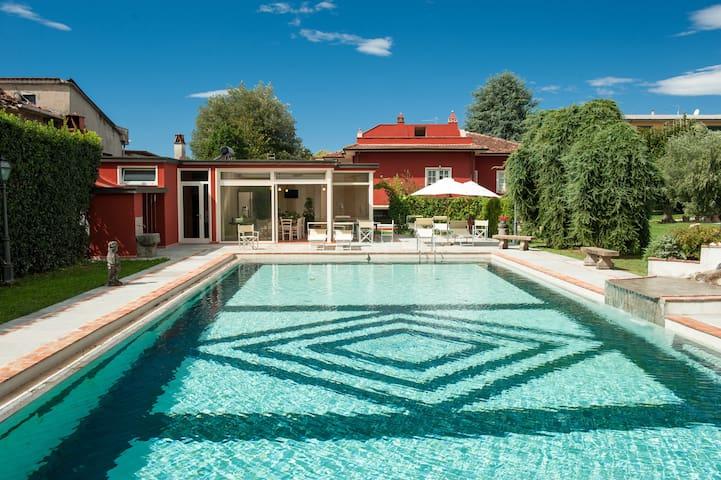 Mirtillo apartment with pool behind Lucca - Capannori - Apartamento