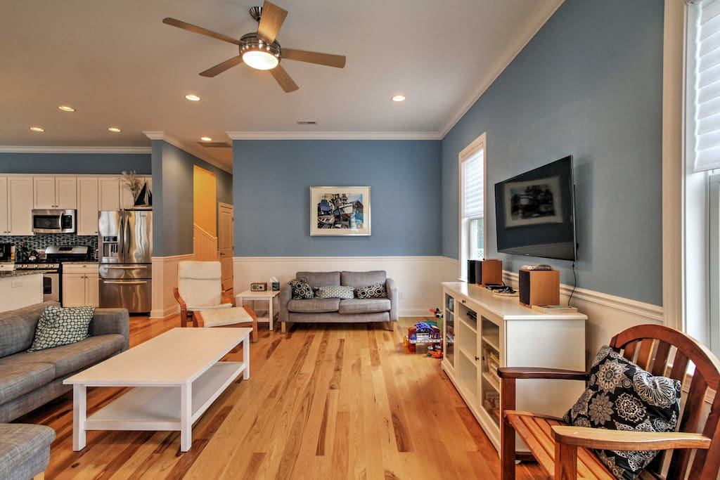 Relax in the tastefully decorated living room while watching your favorite shows on the flat-screen cable TV.