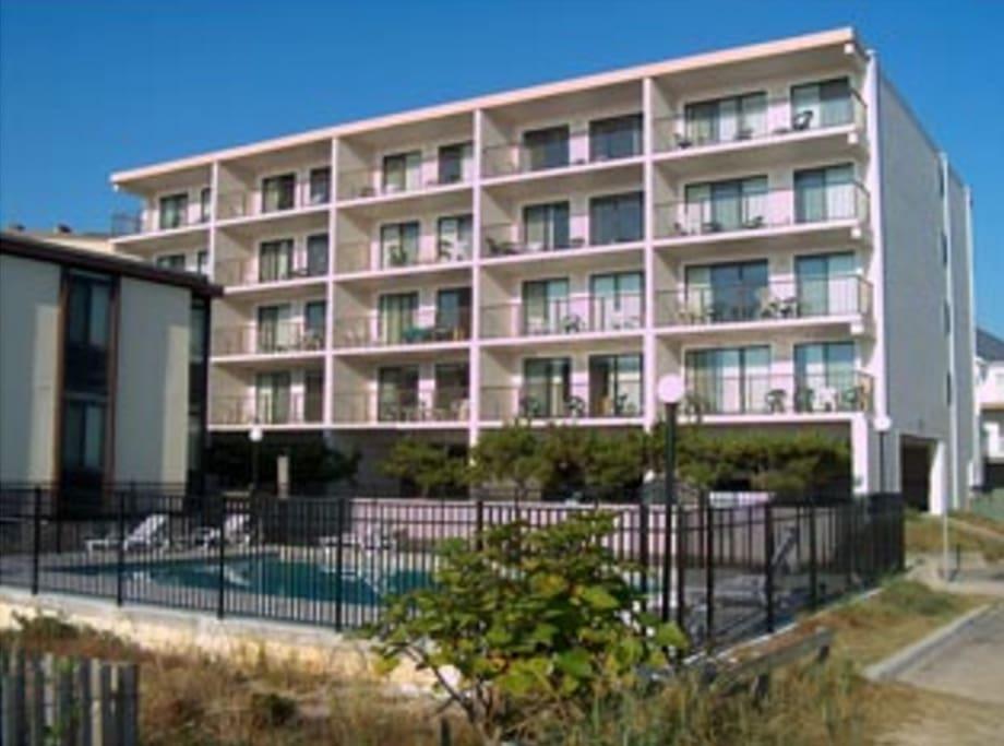 2 Bedroom Ocean City Condos Condominiums For Rent In Ocean City Maryland United States