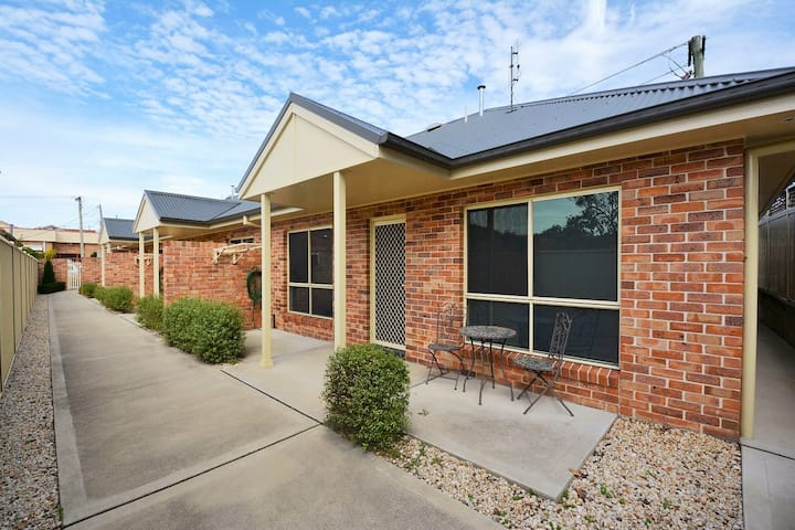 3/2 Padley St LITHGOW - Apartments on Padley