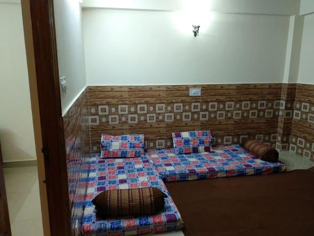 Bedroom 2 with 2 floor mattress  ...
