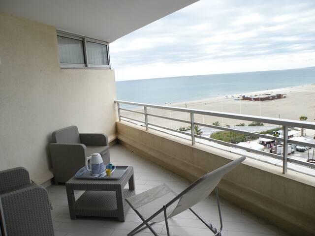 7ème TERRASSE VUE MER MONTAGNE ETANG PARKING PRIVE - Canet-en-Roussillon - Apartment