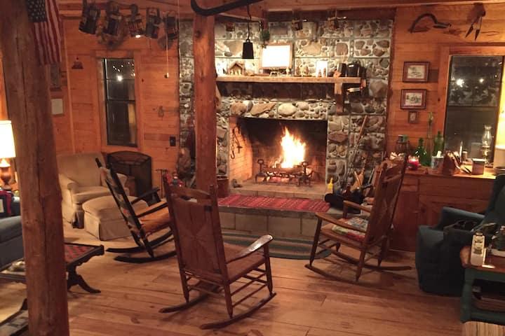 Cabin at Falling Pines:  Near GA National Fair