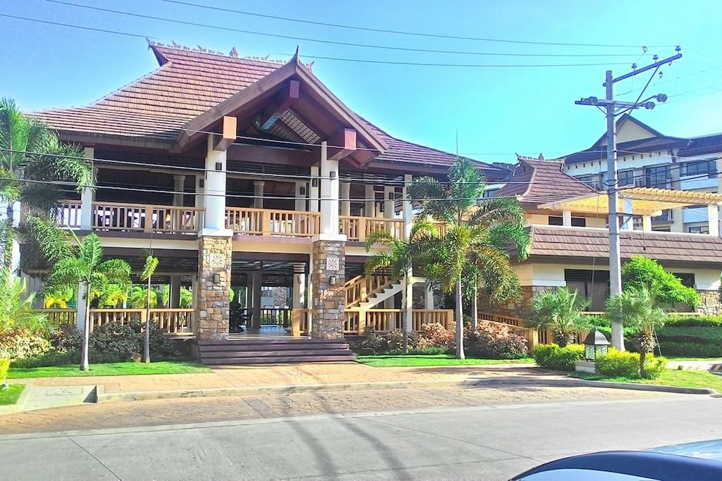 One Oasis Clubhouse