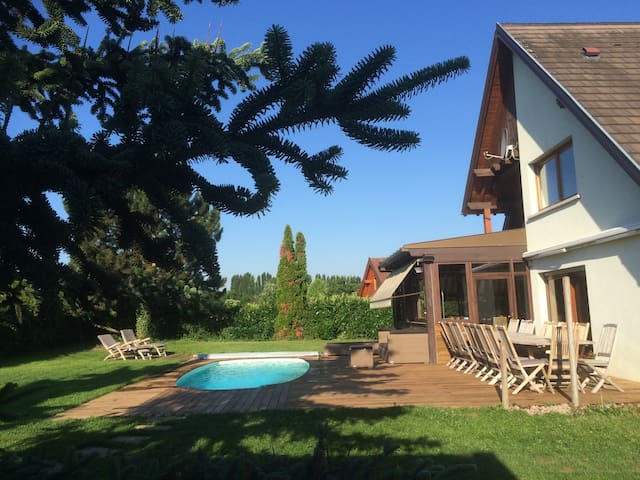 VILLA des COLLINES, full property