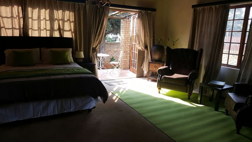 Self Catering, fully furnished apartment - Pretoria - Apartment