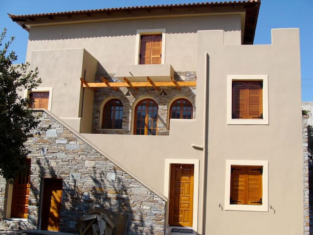 70 sq.m. Countryhouse - Andros - Casa