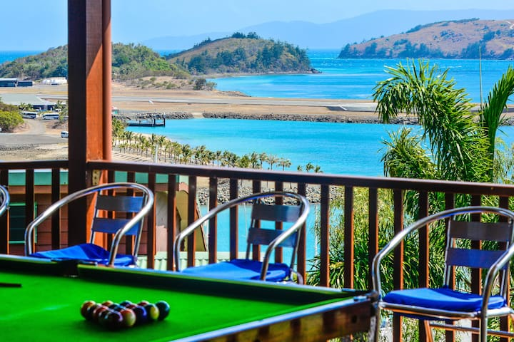 Main Deck with Pool table - Great Views