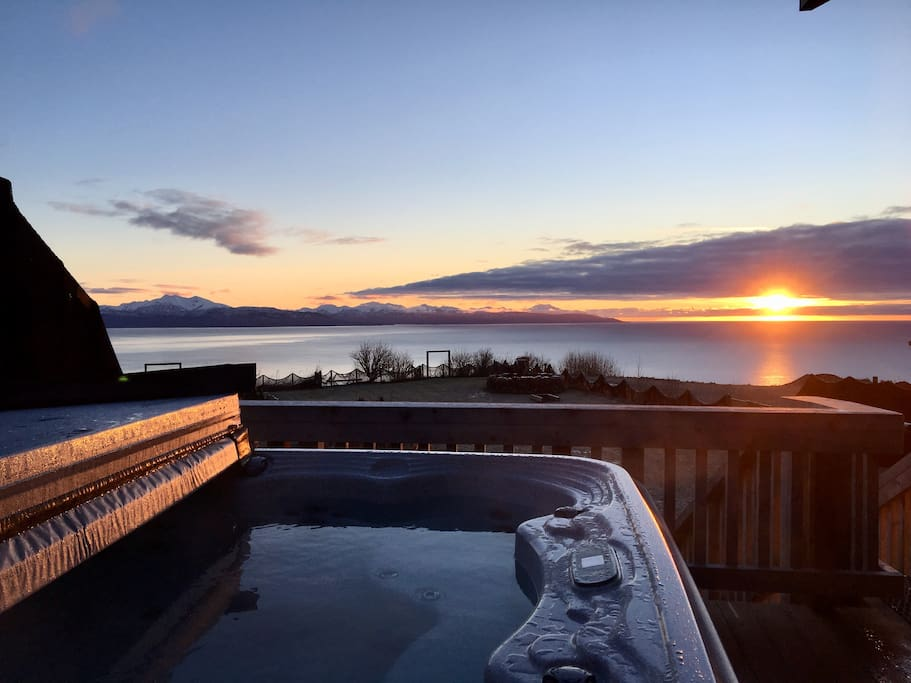 View from the Alder's private hot tub (located on the Alder deck)