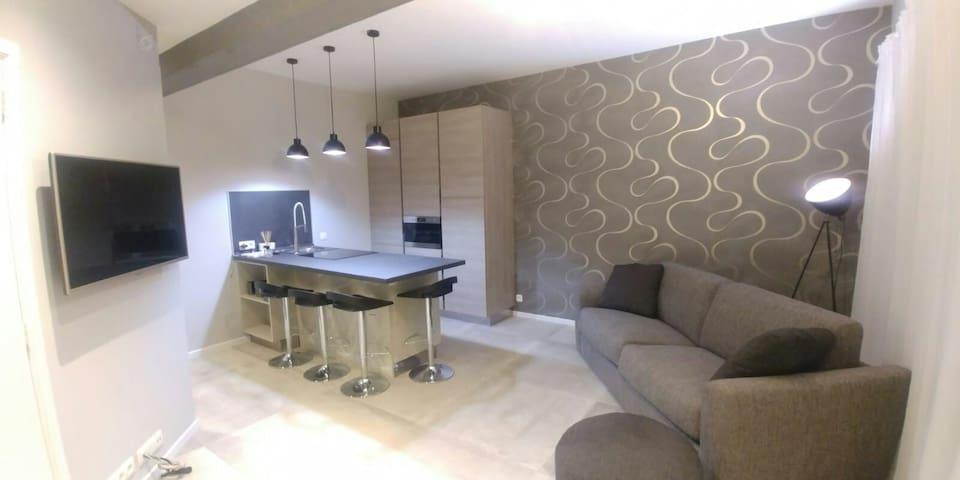 Luxury apartment at European quarter