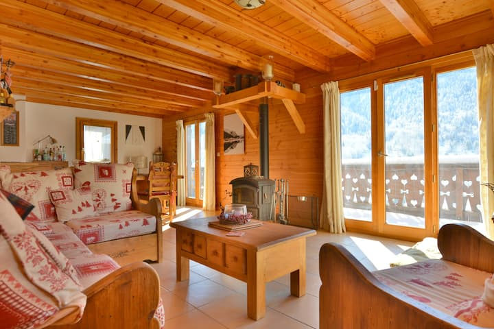 South facing,shuttle to Courchevel 250 meters away