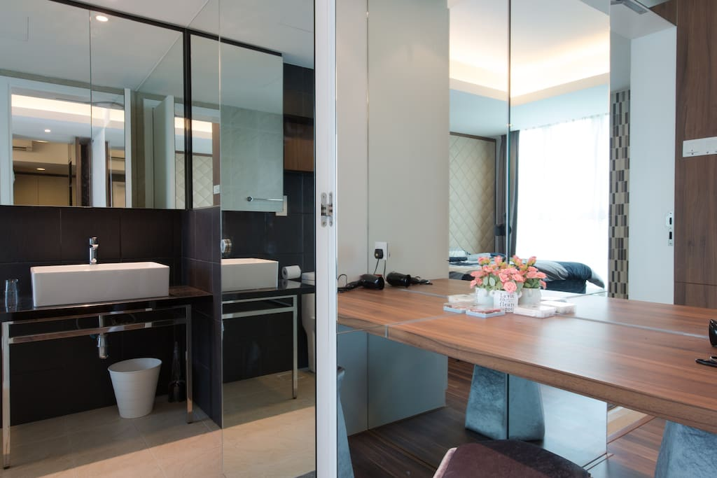 Lifestyle Suite | Dressing Table