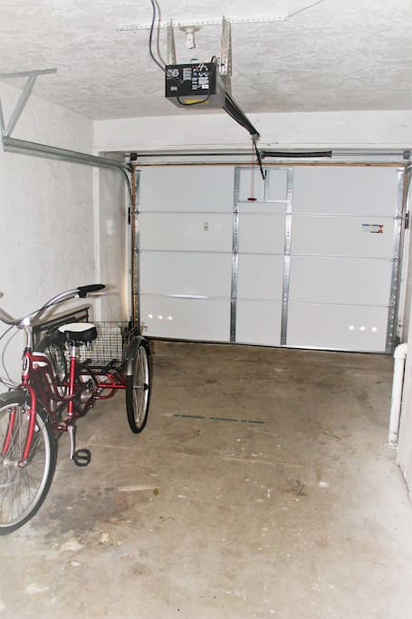 access to garage limited as garage is very small.  ally and street parking available