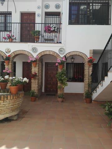 CASA CENTRICA MARQUES DEL VILLAR - Cordoba - Appartement