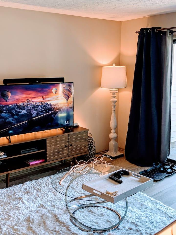 Shared Modern/Cozy Smart Apartment
