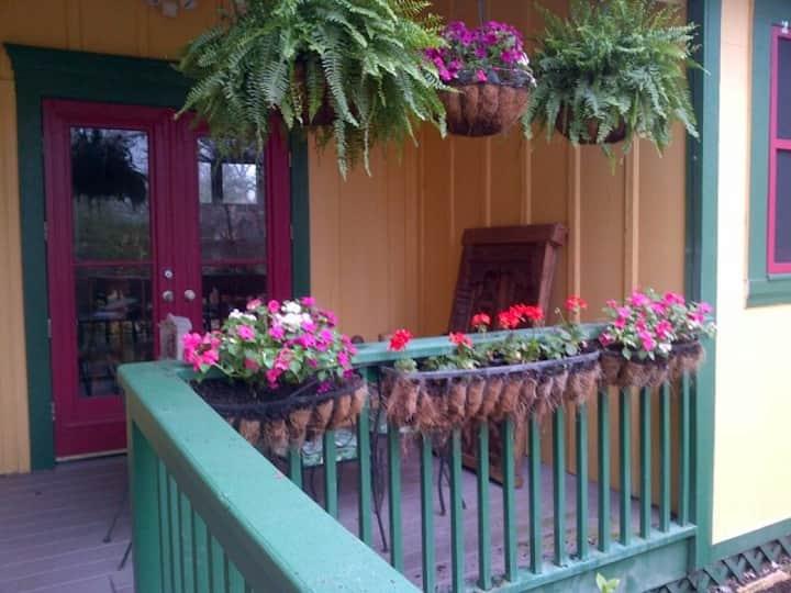 Guest Cottage