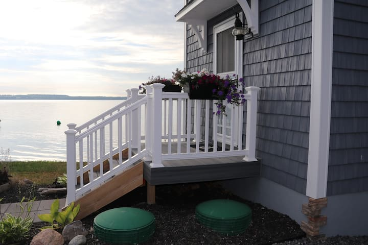 Lakeside Bunkhouse on Seneca Lake - Geneva - Huis