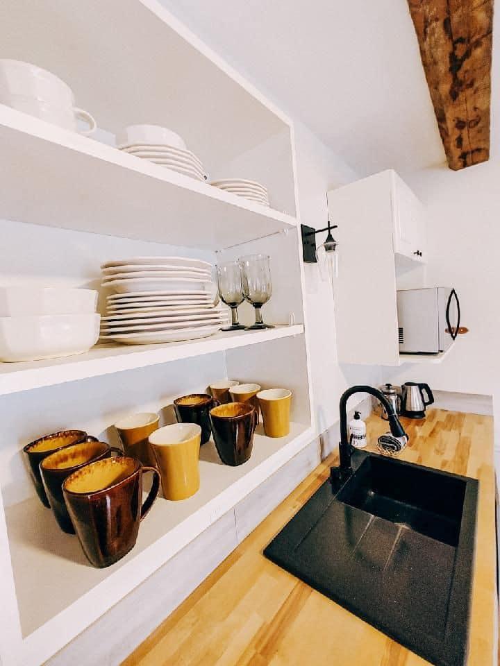 Golden Acorn Suite - a bright and cozy getaway
