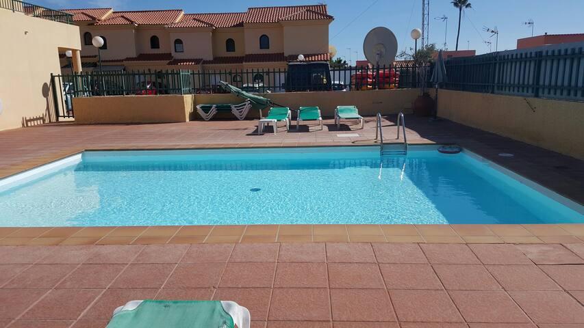 Duplex 3 dormitorios muy tranquilo - San Bartolomé de Tirajana, Canarias, ES - Hus