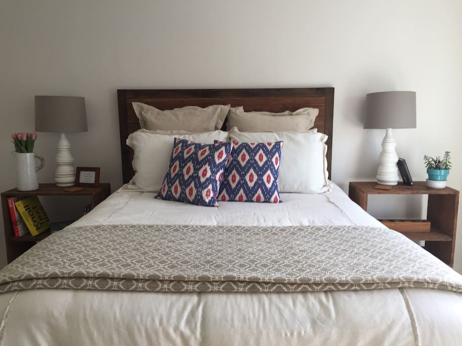 Comfortable queen-sized bed complete with fresh & clean sheets, ready for your stay. Extra pillows and blankets are also available to use.