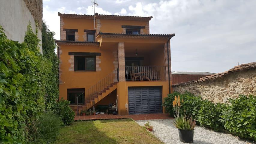 Pretinnes house - Casavieja