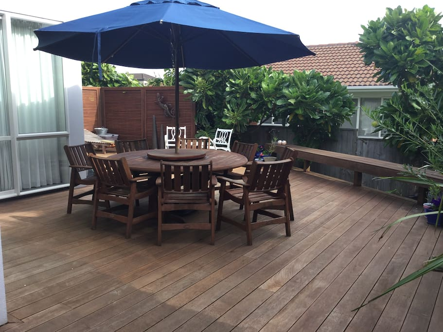 large sunny outdoor area