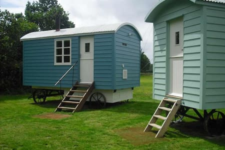 Shepherds Hut - Ringmer