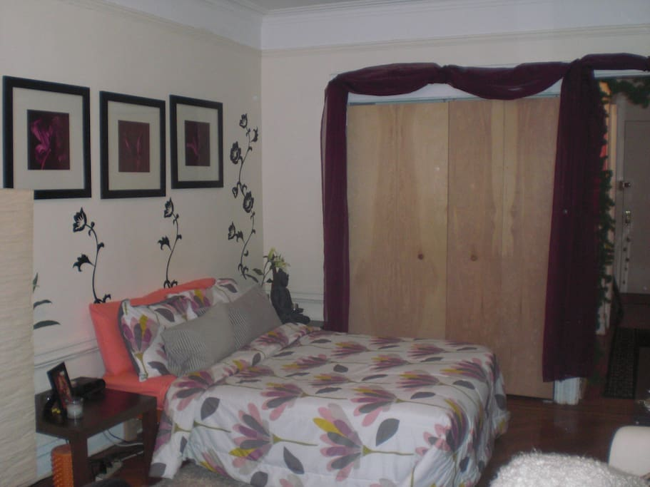 Full size bed with great closet space and full dresser.