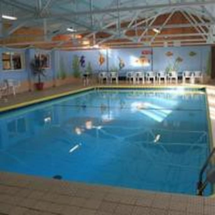 Heated swimming pool onsite