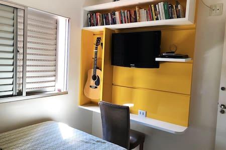Apartamento com Piscina em Montes Claros