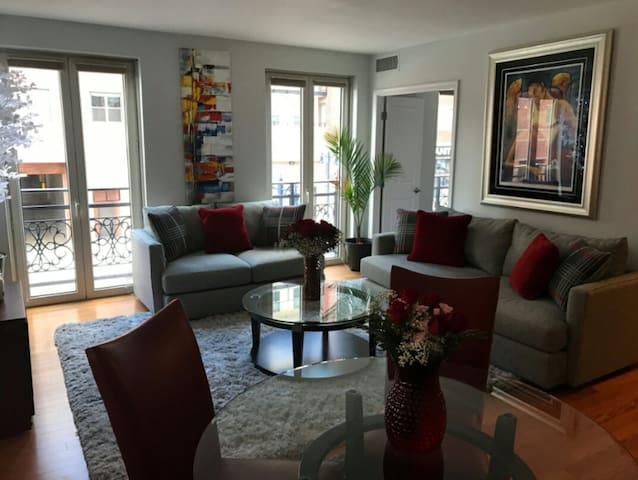 National Harbor Modern, Luxury Condo - Oxon Hill - Apartament