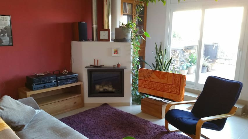 Quiet & Spacious Penthouse in Girona city centre - Girona - Apartamento