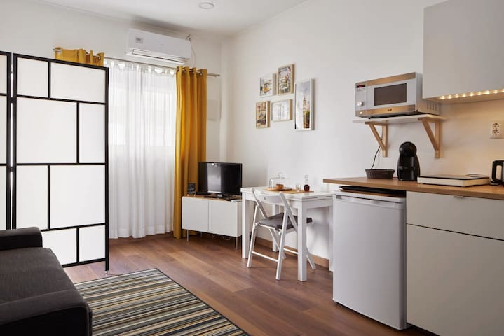 ❤ STUDIO 2 ❤ 6 min from subway & shopping district