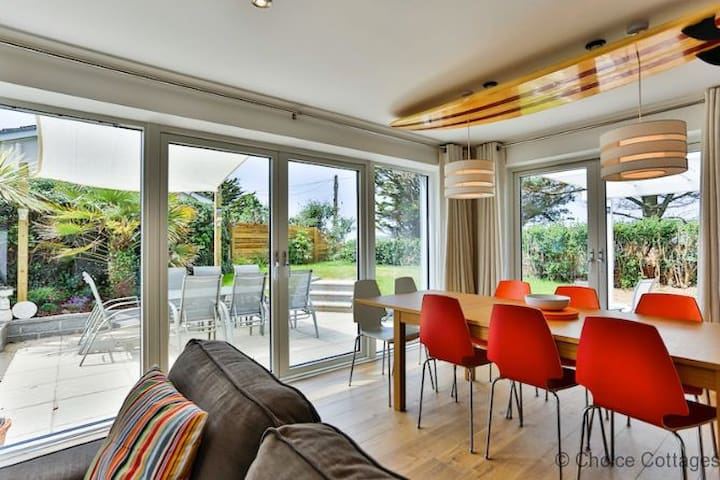 CROYDE ENDLESS SUMMER BEACH HOUSE | 4 Bedrooms - Croyde - Σπίτι