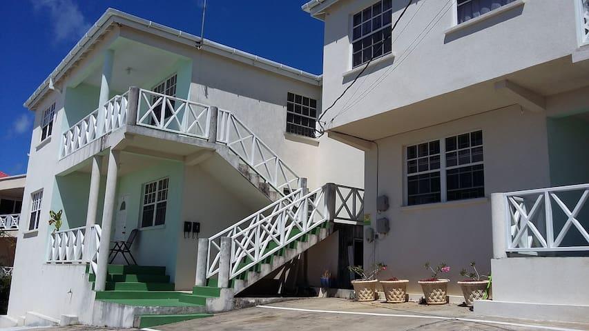 Sheraton Heights - Bridgetown - Apartmen