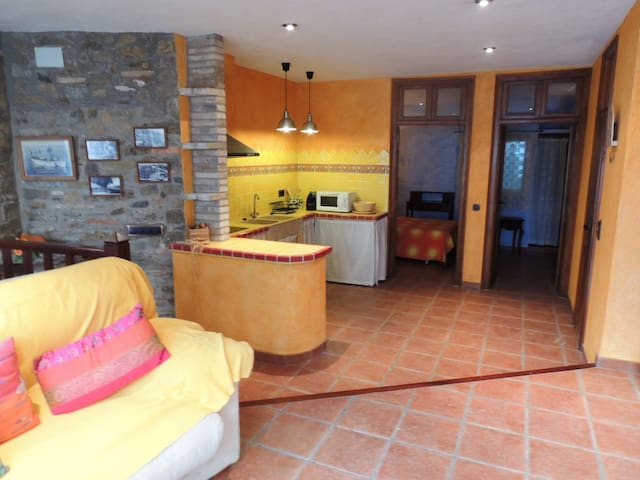 House for rent at 300 meters from the beach center Roses-CASA PUIG-R